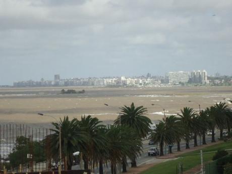 Excelente UbicaciÓn. Playa De Los Ingleses.