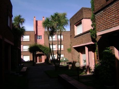 Sobre Avenida MillÁn, Buen Apartamento En Cooperativa!!
