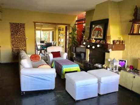 Carrasco Sur. Excelente Propiedad En Alquiler En Hermosa Zona Residencial.