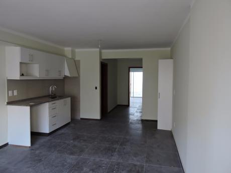 Apto 1 Dormitorio A Estrenar Con Parrillero - Prado - Impecable