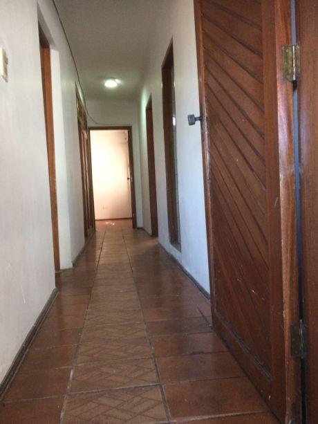 Departamento Independiente Consta De Dos Dormitorios Mas Una PequeÑa Pieza,
