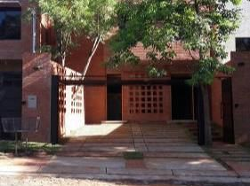 Duplex En Barrio Jara