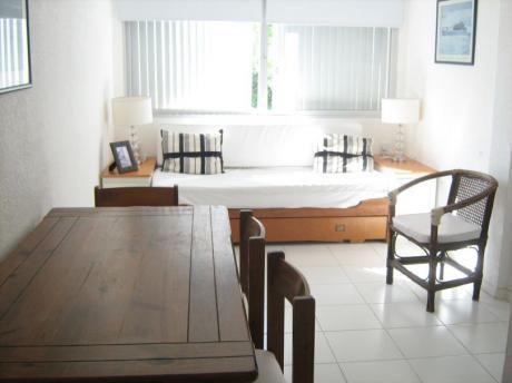 Apartamento A Metros De Playa Mansa