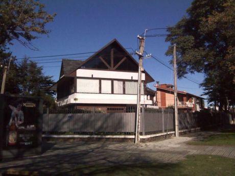 Gran Residencia En Zona Carrasco