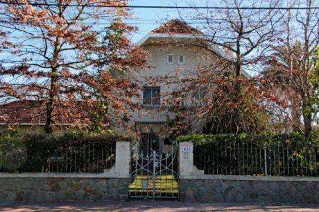 Excepcional Residencia En El Centro De Carrasco