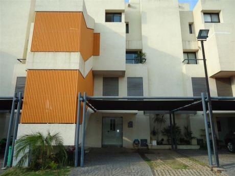 Alquilo Casa Tipo Penthouse Condominio Ciudad Real