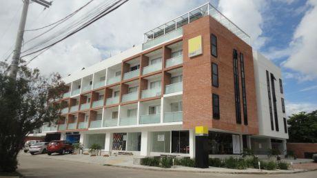 Departamento De Lujo En Alquiler En Condominio Smart Isuto 1.0
