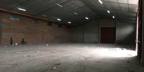 SÓlo Para DepÓsito Amplio GalpÓn En El Parque Industrial - Santa Cruz De La Sierra