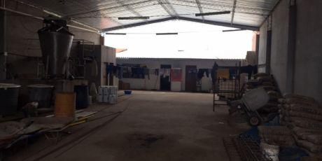 En Zona Comercial GalpÓn Con Oficina - Santa Cruz De La Sierra