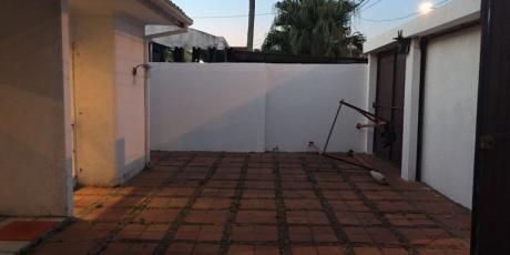 AtenciÓn Empresa! Funcional Y Preciosa Casa De Una Planta - Santa Cruz De La Sierra