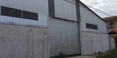 A Estrenar GalpÓn Funcional Completamente Cubierto - Santa Cruz De La Sierra