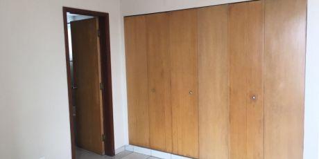 En Condominio Precioso Y Acogedor Departamento - Santa Cruz De La Sierra