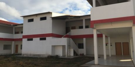 Amplio GalpÓn Con Excelentes Instalaciones - Santa Cruz De La Sierra