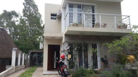 Alquiler De Esplendida Casa En Balneario.