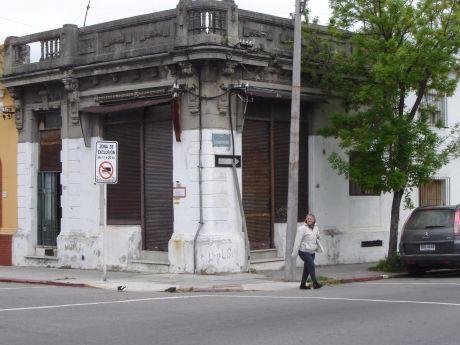 #reservada# Local O Vivienda En Esquina