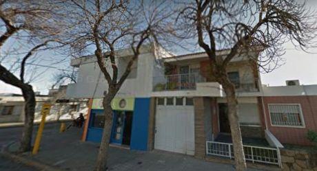 Oportunidad (2 Casas + Local) En Salto