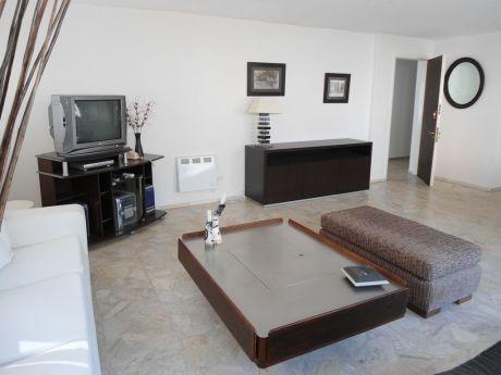Punta Del Este, Peninsula  Apartamento En Venta