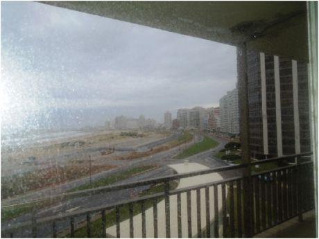 Punta Del Este, Playa Brava  Apartamento En Venta