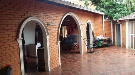 Casa En Venta 3 Dormitorios