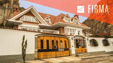 Casa En Venta, Los Sauces