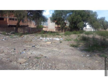 Terreno Proximo A La Avenida Tadeo Y Juan Pablo