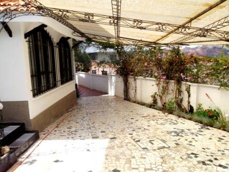 Casa En Venta - Zona Achumani