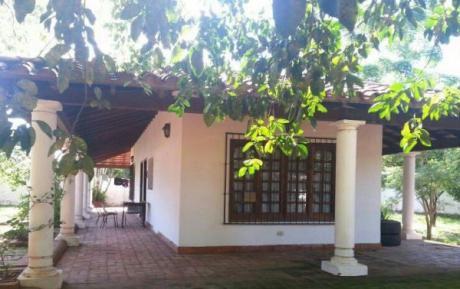 Vendo Casa En Pleno Centro De Lambare
