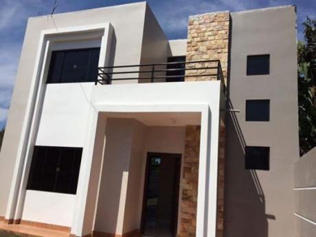 Vendo Hermosa Casa En Pleno Centro De Minga Guazu