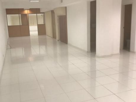 Oficina En El Centro De Asunci