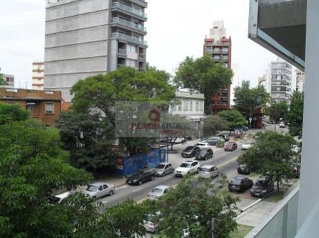 A Estrenar, A Pasos Del Parque, 2 Dormitorios, BaÑo Completo Y Social