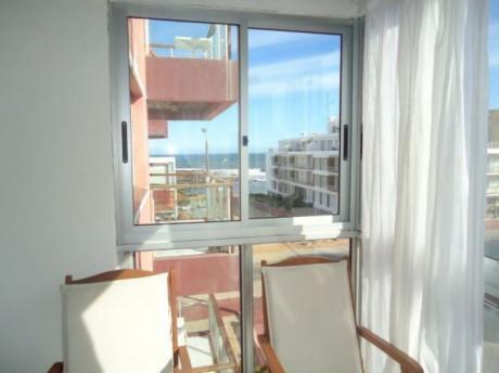 Lindo Apartamento Próximo A Playa Brava - 1 Dorm.
