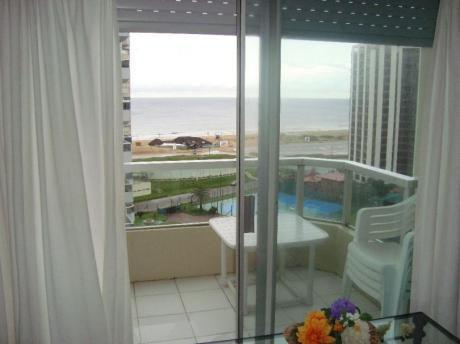 Departamento En Venta En Playa Brava - 1 Dorm