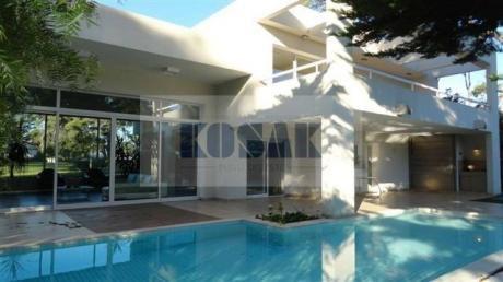 Kosak Casa Punta Deleste Premium  4 Dorm. Piscina  Mansa Privacidad