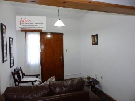 Muy Buena Casa Céntrica, 4 Dormitorios, Las Piedras