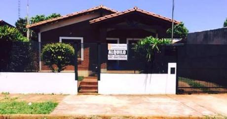 Alquilo Casa En Barrio Buena Vista.