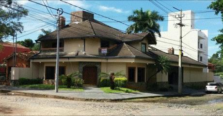 Vendo Casa Barrio Seminario.