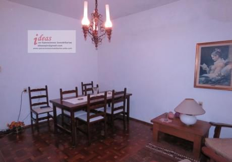 Excelente Casa Céntrica En Las Piedras, 3 Dormitorios, Terreno