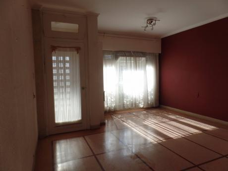 Dueño Vende Buena Casa Ph Pqe.batlle 160m2 3d, 3b, Gje. Piso Cerámico 28m2