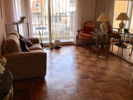Amplio, Luminoso Y Cómodo Apto De 3 Dormitorios En G. Pereira Y Charrúa