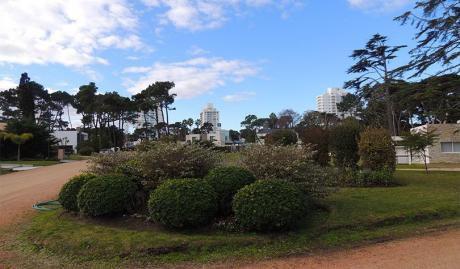 """Punta Del Este. Barrio Privado """"boulevard Park"""". Lote Con Muy Buena Orientación."""