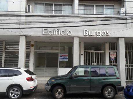 En Venta Hermosa Oficina En El Edificio Burgos