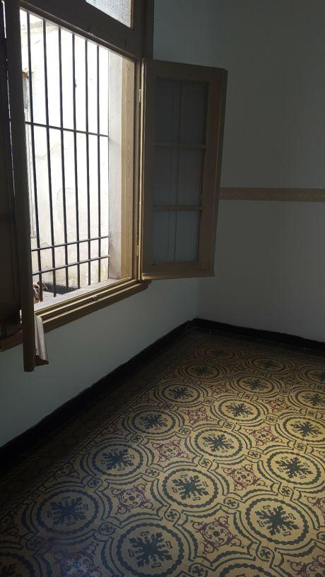 Ref K101, Amplio Apartamento 1 Dorm A Mts Agraciada