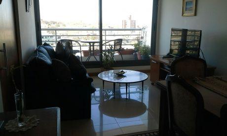 Apartamento En Edificio Lunas De Malvin