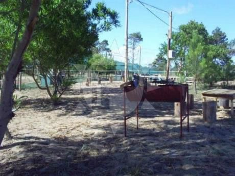 Emprendimiento En Punta Del Diablo