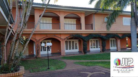 Hermosa Y Fina Residencia En Venta!