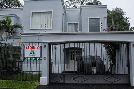 Hermoso Duplex Amoblado En Mburucuya!