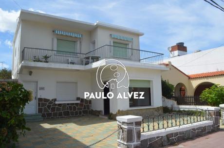 Casa En Piriápolis ( Ref 1024 )