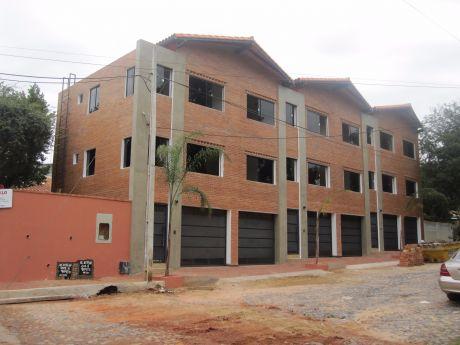 Hermosos Triplex ! Zona Colegio Sil, B° Virgen Del Huerto