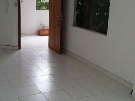 Departamento De 1 Dormitorio Z/ Stma. Trinidad Y Julio Correa