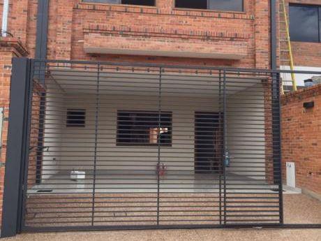 Vendo Hermosos Duplex Con Piscina( Mburucuya )